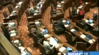 Illinois Legislature Passes Civil Union Bill: WGN-TV Chicago