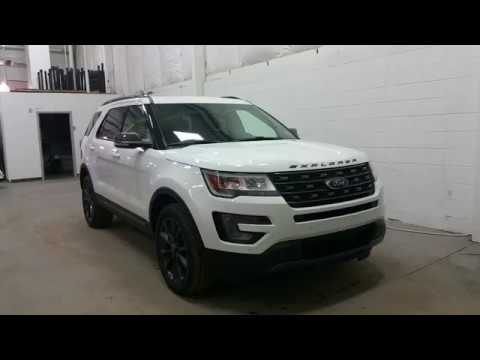 2017 Ford Explorer Xlt W Appearance Package 20 Black Wheels