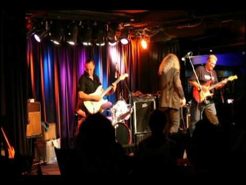 The Atlantics - Bombora live at The Basement, January 2010