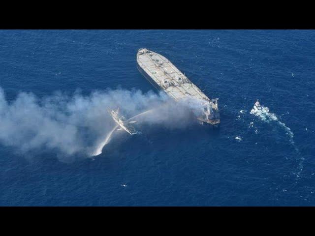 <span class='as_h2'><a href='https://webtv.eklogika.gr/sri-lanka-ypo-elegcho-i-pyrkagia-sto-ellinoktito-tanker' target='_blank' title='Σρι Λάνκα: Υπό έλεγχο η πυρκαγιά στο ελληνόκτητο τάνκερ…'>Σρι Λάνκα: Υπό έλεγχο η πυρκαγιά στο ελληνόκτητο τάνκερ…</a></span>