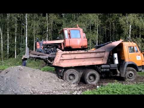ДТ-75 в кузове КАМАЗ 55111.mp4