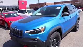2019 Jeep Cherokee Trailhawk Walk Around