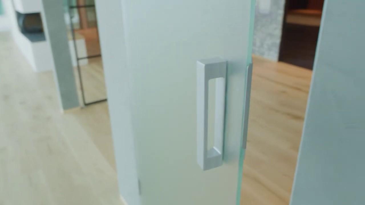 Porte Filo Muro Specchio nuovo show-room garofoli - porte in vetro a filo muro