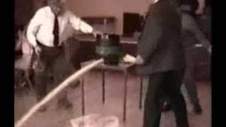 een vat steken