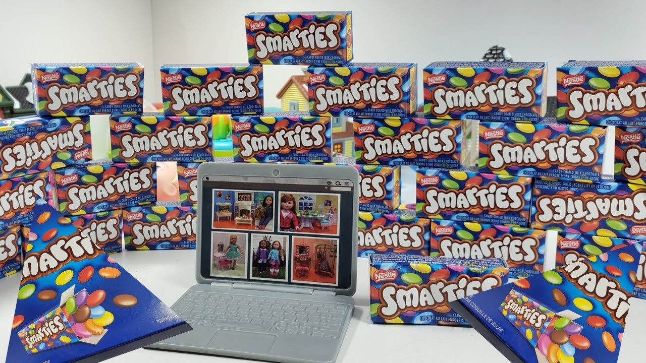 WOW! Giant Nestle Smarties is life time favorite candy to you all./ Kids Candy Play/163