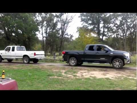 Ford Super Duty Pictures - Powerstroke vs Toyota Tundra