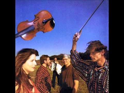 Café Noir - 04 - A Love Song - 1996 UCLA - FM