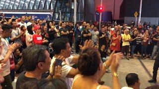 Rakan dari Singapore terhibur dengar Bob nyanyi😎 |Sentuhan Busker | Tekan Subscribe 👇🏻