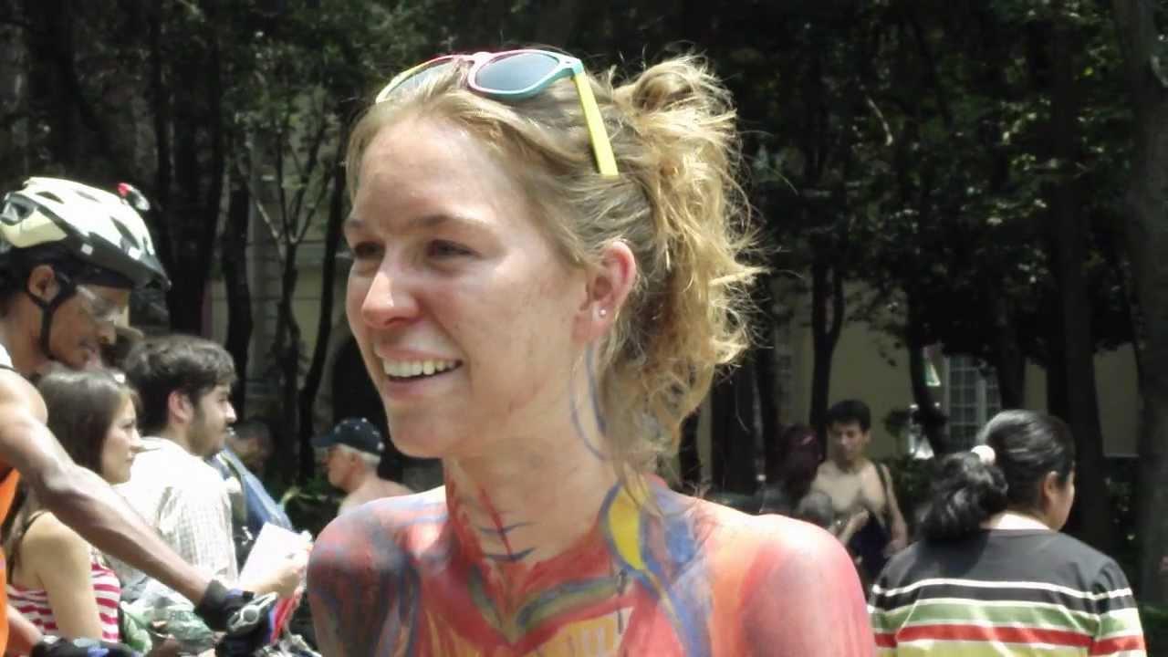 World Naked Bike Ride México DF 2012 (1) - YouTube