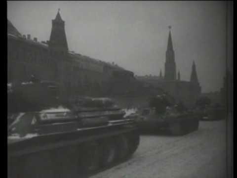 Смотреть СВЯЩЕННАЯ ВОЙНА (парад 1941 года) онлайн