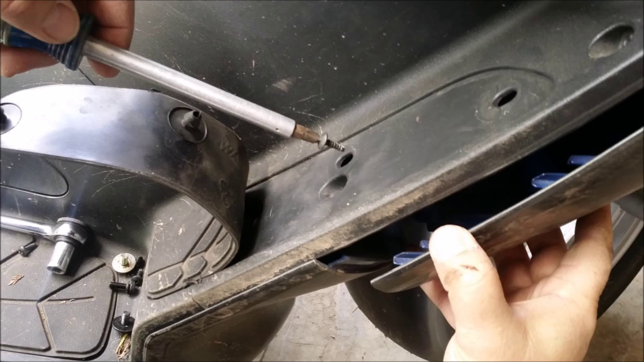 2008 Sym Rv 250 Scooter High Beam Headlamp Replacement Youtube