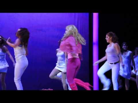 Legalmente Rubia El Musical 2012 Monterrey