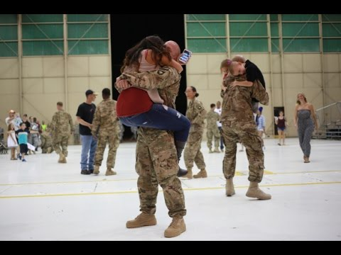 Soldiers Coming Home Surprise Compilation 2016 - 49