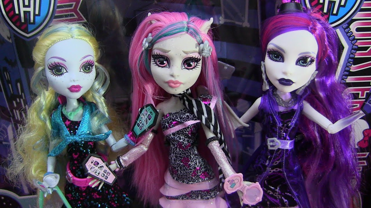 Monster High Ghouls Night Out Rochelle Spectra Lagoona ...
