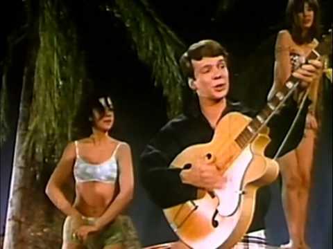 Bobby Vee - The Night Has A Thousand Eyes (1962)
