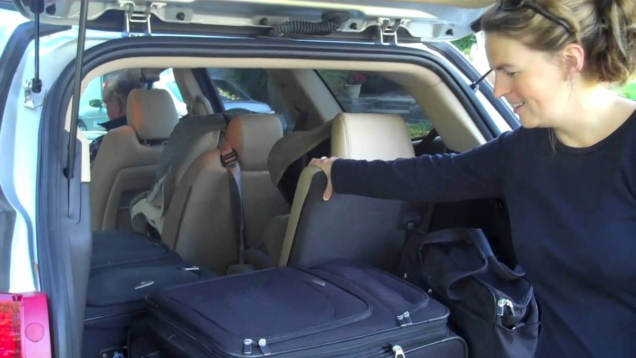 HOW MUCH CARGO SPACE IS IN THE CHEVY TRAVERSE? - YouTube
