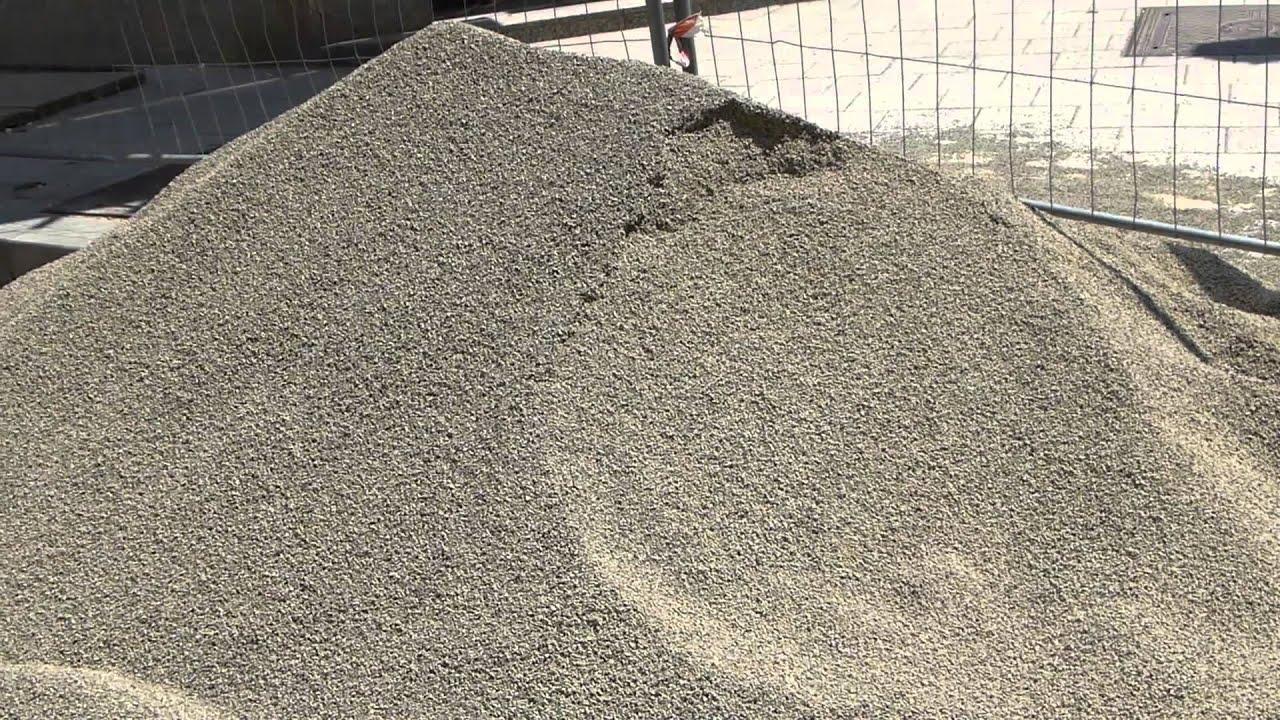 11734 una monta a de arena para construcci n raw - Material de construccion ...