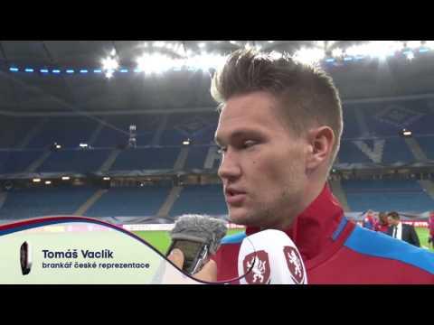 Tomáš Vaclík a David Pavelka v Hamburku před zápasem s Německem