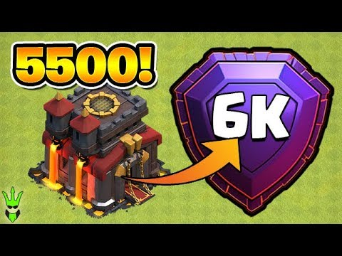 GETTING TO 5500 TROPHIES AS TH10! Featuring Klaus Gaming & Judo Sloth -