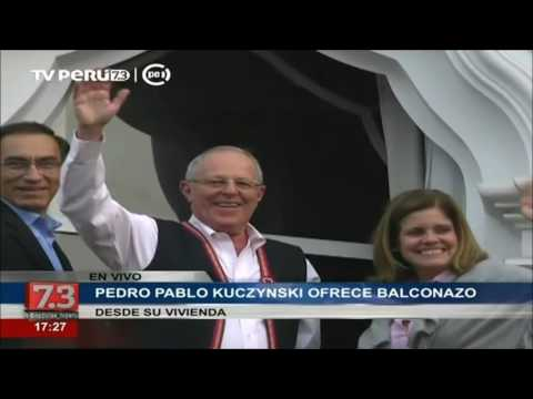 Pedro Pablo Kuczynski ofrece balconazo