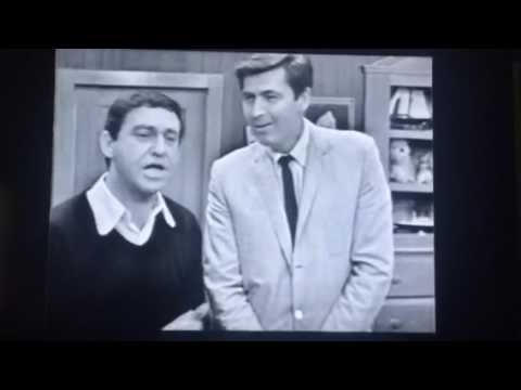Soupy Sales and White Fang meet Fess Parker