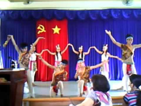 Dong Mau Lac Hong TT 11a3 THPT CM