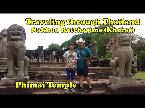 Traveling across Thailand Nakhon Ratchasima (Khorat) Phimai Park and Eating BBQ duckling