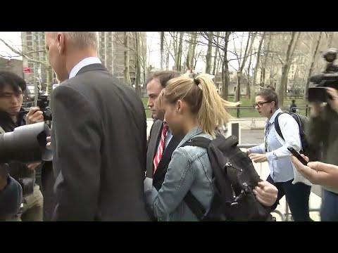 Allison Mack Leaves Courthouse