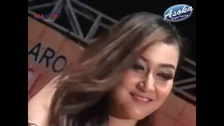 Video Duet Dangdut koplo terbaru lusiana safara dan sodik-Dasi dan Gincu download MP3, 3GP, MP4, WEBM, AVI, FLV Oktober 2017