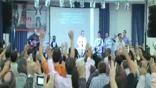 Sentado en su trono (Poderoso) (en vivo) - Danilo montero/Gandia(1)