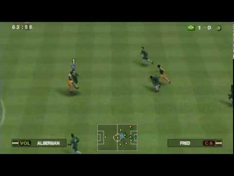 Pro Evolution Soccer 2014 (PSP) Gameplay
