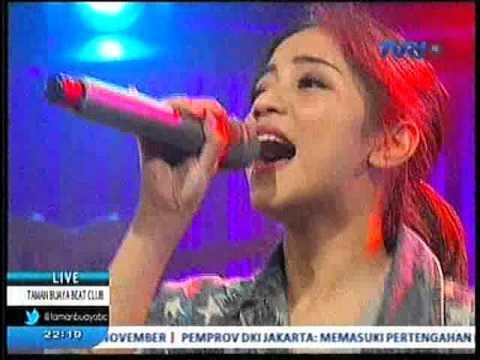 Sunday Morning - EMMANDCHIS - Live on Taman Buaya Beat Club TVRI