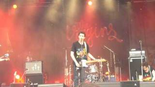 The Virgins - Fernando Pando (Live Beauregard 2009)