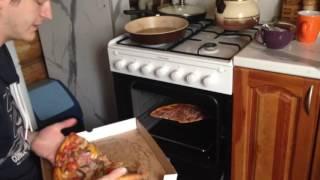 Как разогревать пиццу в домашних условиях ✔ Смотри и учись!
