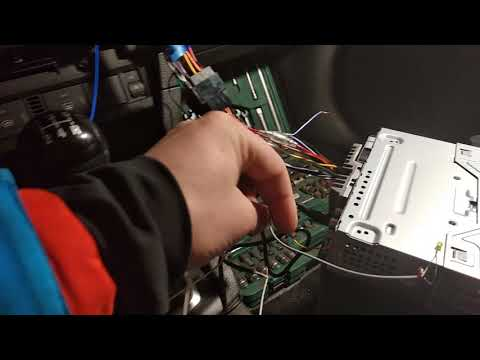 Подключение подрулевого управления Ford Focus 2 с помощью Incar omega 1 на Pioneer MVH-X 580BT