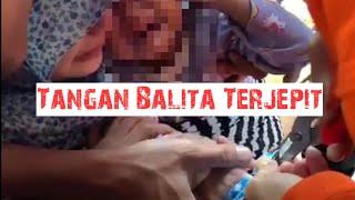 Damkar Selamatkan Balita Yang Terjepit Di Jakarta Timur