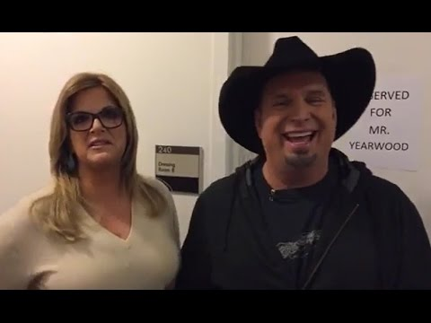 Garth Brooks, Trisha Yearwood LIVE Interview | GMA Backstage