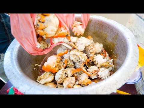 Seafood in Pakistan - CRAB CLAW Lollipops + Fish Market in Karachi, Pakistan | Pakistani Food Tour!