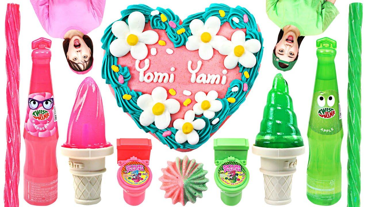 粉色VS绿色美食!粉色的奥利奥配上绿色的奶油,蘸下牛奶超美味!