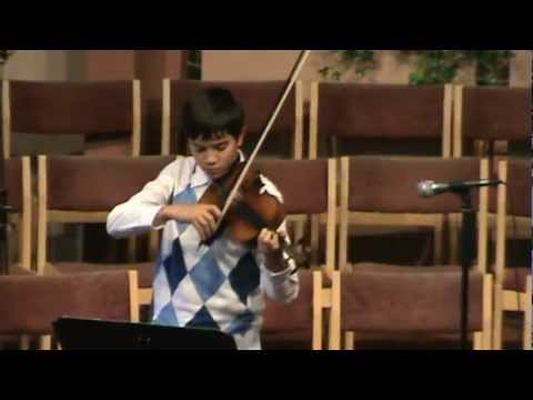 Boy Playing Violin @ Willowdale's Music Fest
