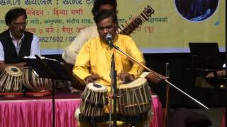 Akhiyan sang akhiyaan lagi...by Milind (performing with Tabla)