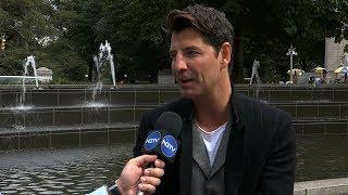 Ο Σάκης Ρουβάς στη Νέα Υόρκη για φιλανθρωπική εκδήλωση