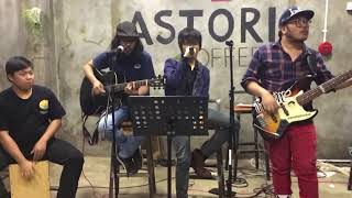 Gambar cover STAY AWAY (LIVE at Astori Coffee) L'Arc-en-Ciel cover