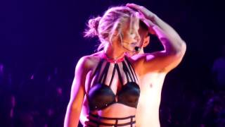 Britney Spears - Touch of my hand @ Planet Hollywood Las Vegas - 21 October 2016