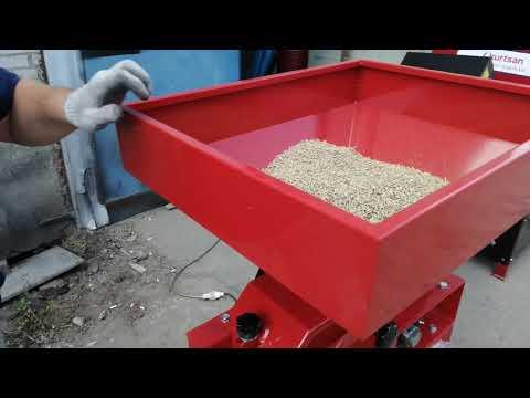 Видео Работы Вальцовой Плющилки для Зерна (Турция)