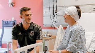 Tyler Miller Surprises Pediatric Oncology Patients At Kaiser Permanente Los Angeles Medical Center