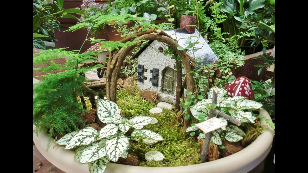 Fairy garden i fairy garden broken pots youtube Small garden fairies