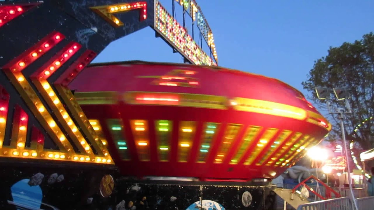 Gravitron Ride Youtube