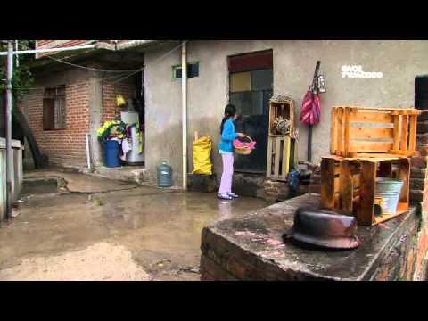 Kipatla - Programa 3, Gaby. Chicles de canela (17/10/2012)