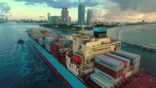 Cargo ship into the port of Miami